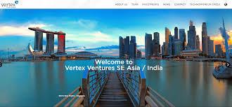 Singapore insignia closes