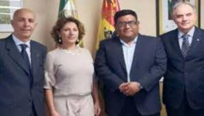 ECUADOR. THE GOVERNMENT ESCAPES FROM QUITO AND EMIGRATES TO GUAYQUIL. EMERGENCY STATE - ALGANEWS